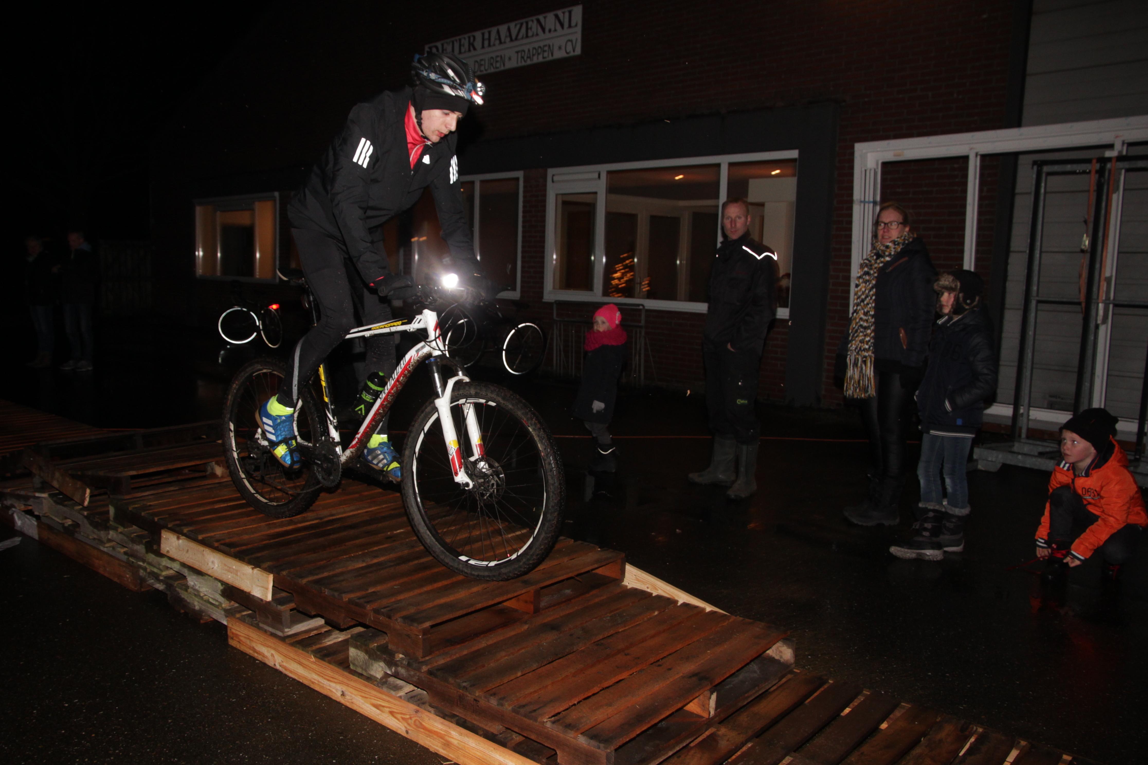 Nightbike-Méél-by-Night.-2017-20